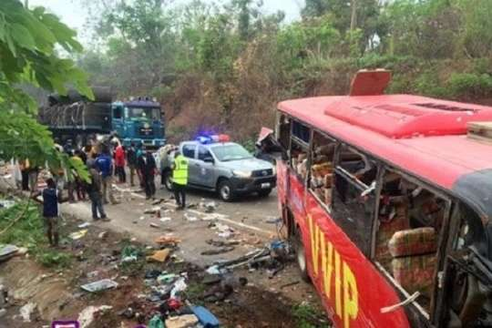 У Гані зіткнулися два автобуси: щонайменше 70 людей загинули