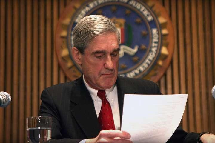 <p>Для того, щоб охопити весь обсяг роботи, Роберт Мюллер найняв 19 юристів та мав у розпорядженні 40 агентів ФБР</p> — Два роки розслідування: cпецпрокурор Мюллер не знайшов змови Трампа з Росією