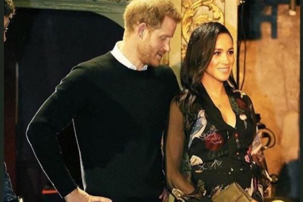 Принц Гарри и Меган Маркл - Принца Гарри и Меган Маркл засекли во время тайной прогулки в Лондоне: фото