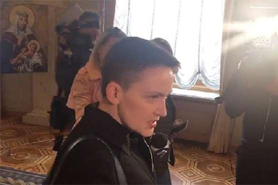 Народний депутат Надія Савченко 23 квітня прийшла на роботу у Верховну Раду - Савченко вперше після звільнення із СІЗО прийшла в Раду