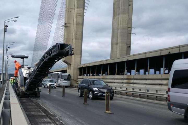 Ремонтні роботи на Південному мосту