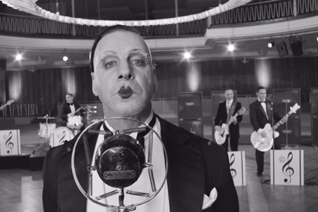 Rammstein выпустила новый клип натрек Radio