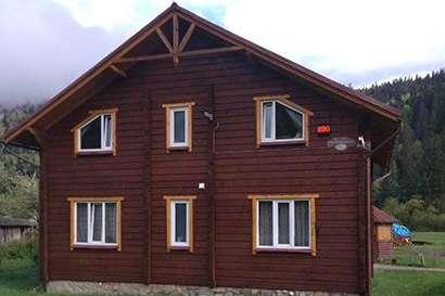 В Івано-Франківській області викрили бордель, замаскований під «масажний салон»