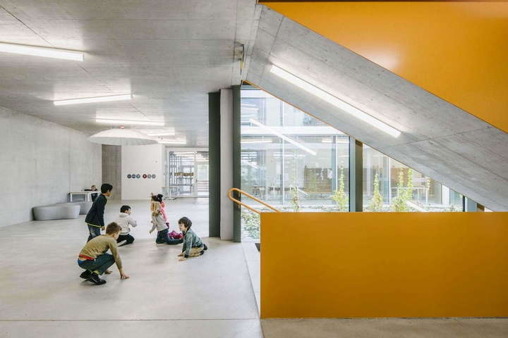 Майбутнє вже прийшло. Як виглядає надсучасна школа, яку побудували у Швейцарії