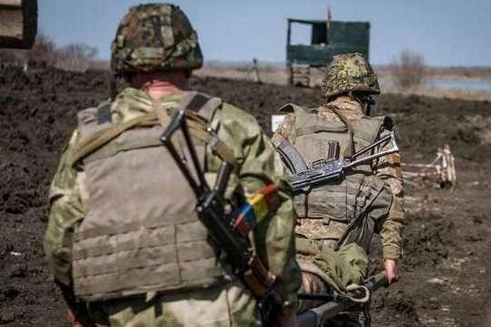 Бойовики прицільно обстріляли позиції ВСУ біля Богданівки та Мар'їнки: мапа боїв