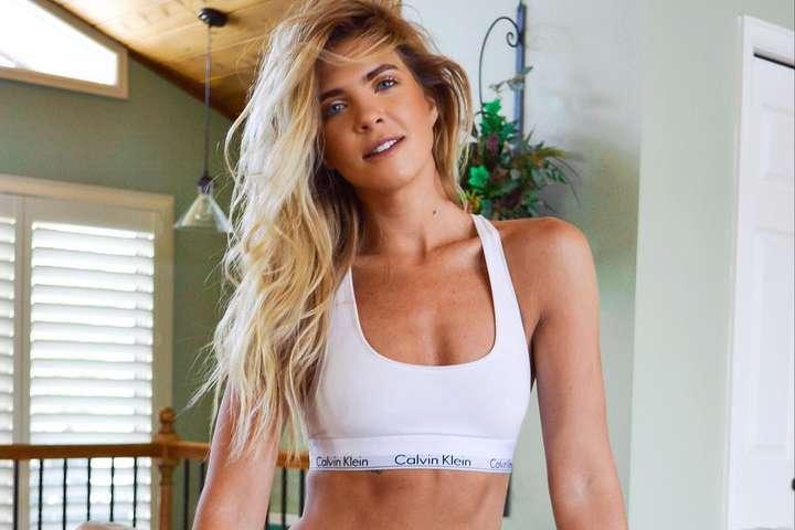 Гаряча блондинка з Австралії. Запаморочливі фото професійної гольфістки Маккензі О'Коннелл