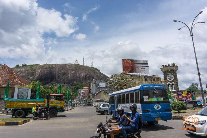 МістоКурунегала у Шрі-Ланці — У Шрі-Ланці ввели комендантську годину