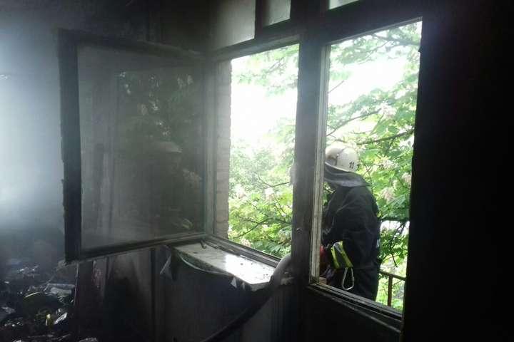 13 травня в Олександрії через блискавку спалахнув дитячий садочок — У дитячий садок в Олександрії влучила блискавка