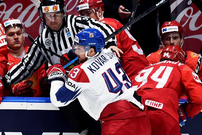 Билися чехи достойно, але переграти росіян не змогли — Росія перемогла Чехію в принциповому протистоянні на чемпіонаті світу з хокею