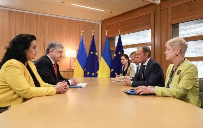ПетроПорошенко провів зустріч з Дональдом Туском, Брюссель, 13 травня 2019 року — Порошенко впевнений, що ЄС у червні продовжить санкції проти Росії