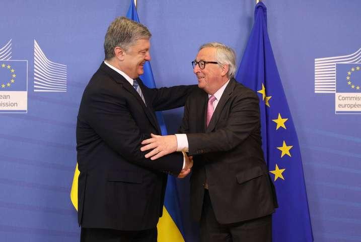 У Брюсселі відзначили прогрес України за останні кілька років — Юнкер відкрив конференцію «Східного партнерства» словами подяки Порошенку