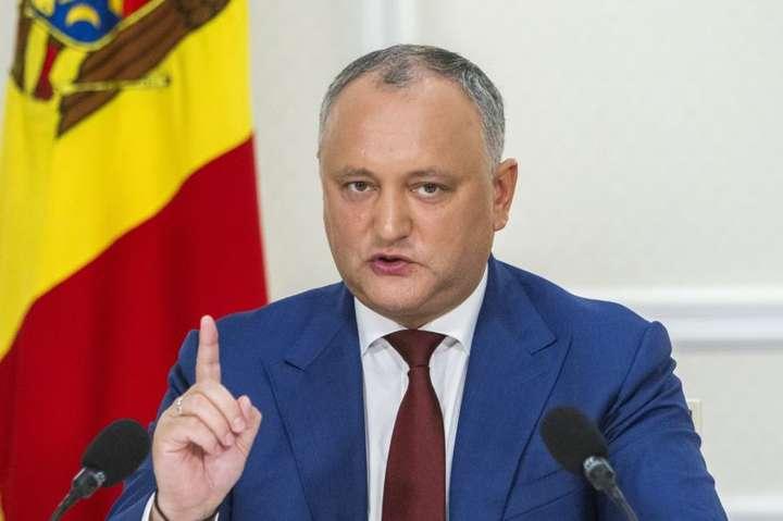 <span>Ігор Додон грозиться розпустити парламент</span> — Після розмови із Зеленським Додон заявив про можливий розпуск парламенту Молдови