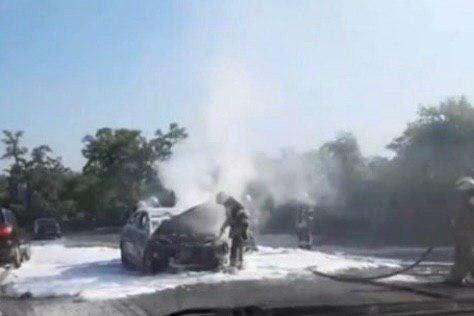 З початку доби у Києві вже горіли два автомобілі