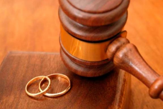 <p>За 1 квартал 2019 року в Києві зареєстровано 1091 розлучення</p> — Кияни стали частіше розлучатися і рідше укладати шлюби