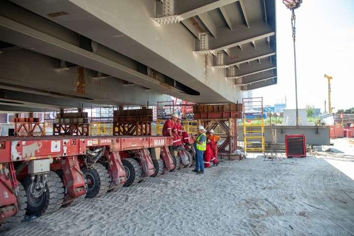 Новий Шулявський міст монтують, як конструктор (фото, відео)