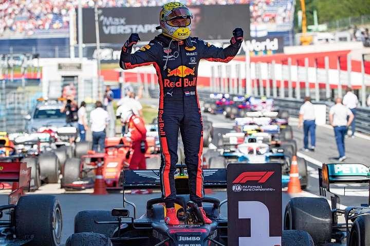 Макс Ферстаппен - Пілот «Ред Булл» Ферстаппен виграв Гран-прі Австрії в Формулі-1