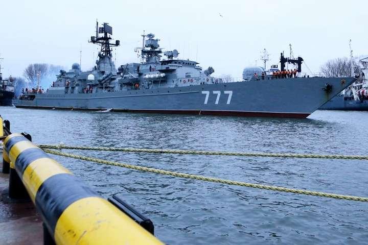 Росія влаштувала бойові навчання в Чорному морі