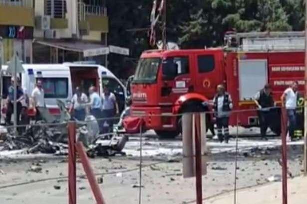 У найближчі кілька годин будуть з'ясовані всі деталі того, що сталося і МВС зробить заяву, — Ердоган — У Туреччині вибухнув автомобіль, загинуло троє сирійців
