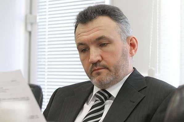 Ренат Кузьмін — ЦВК скасувала реєстрацію Рената Кузьміна
