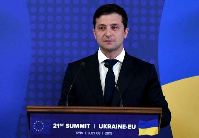 Президент України Володимир Зеленський — Зеленський сподівається, що через рік «цієї війни не буде»