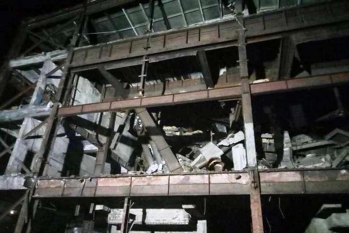 <p>Трагедія сталася під час демонтажу будівлі колишньої сушарні Об этом сообщает <a href=