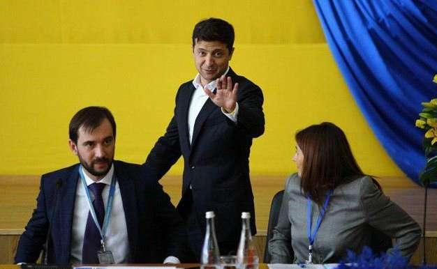 Президент УкраїниВолодимир Зеленський 10 липня перебуває у Чорнобилі — Зеленський у Чорнобилі розповів про створення «зеленого коридору» для туристів