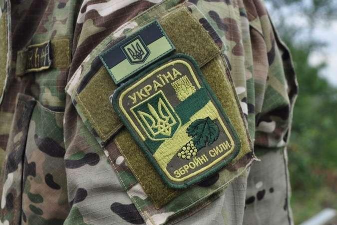 На Донбасі терористи здійснили сім обстрілів. Загинув український боєць
