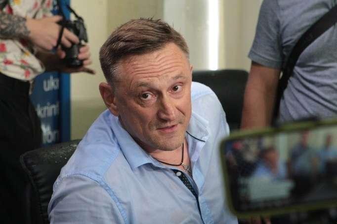 Андрій Аксьонов — Кандидат по скандальному 50-му округу відмовився судитись з переможцем від Опозиційного блоку