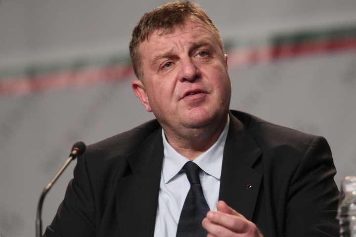 Глава міноборони БолгаріїКрасимір Каракачанов