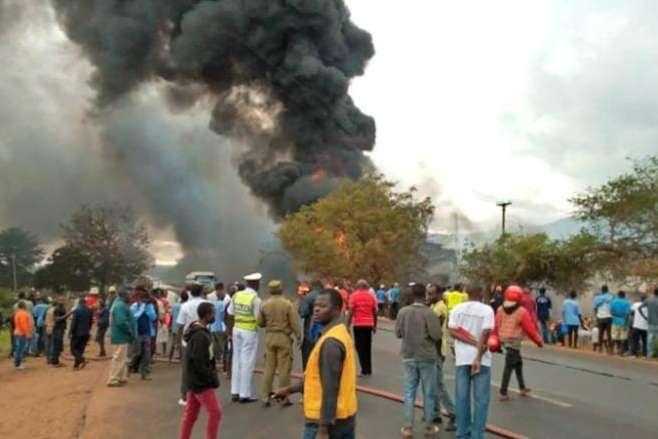 Вибуху бензовозу в Танзанії / Фото:edition.cnn.com