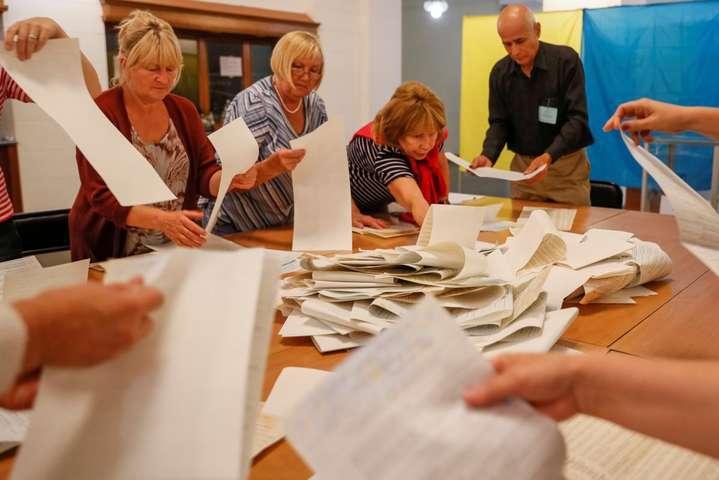 Вибори в Раду: суд скасував підсумки голосування на одній з дільниць 2
