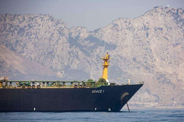 Іранський супертанкер Grace 1. Гібралтар. 15 серпня 2019 - Влада Гібралтару відпустила затриманий іранський танкер