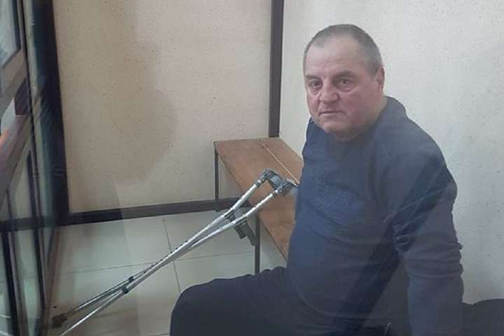 <p>Лікарі констатували в Едема Бекірова проблеми з хребтом</p> - Політв'язня Бекірова вдруге за добу вивозили з СІЗО до лікарні для обстеження