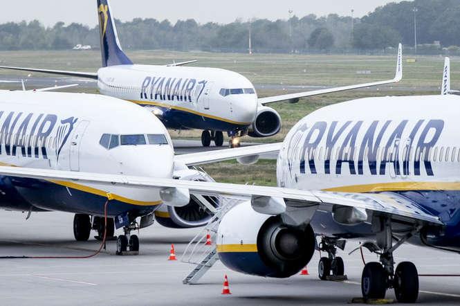 Ryanair закриє чотири бази в Іспанії з 2020 року