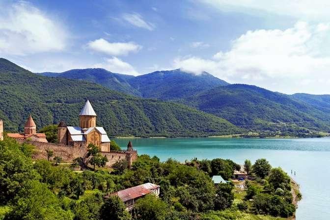 Грузія - Грузія запроваджує пільги для туристичної галузі, що постраждала від санкцій РФ