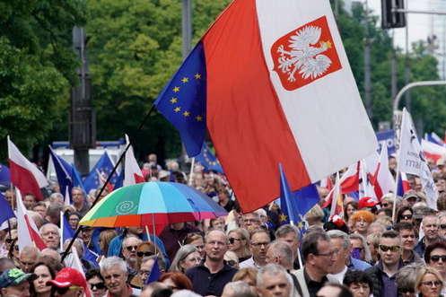 Ураган «Доріан» — Польська партія влади може отримати майже 50% на парламентських виборах, — опитування