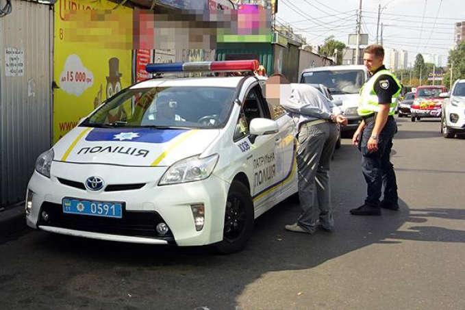 У Києві дорожній конфлікт водіїв переріс у стрілянину
