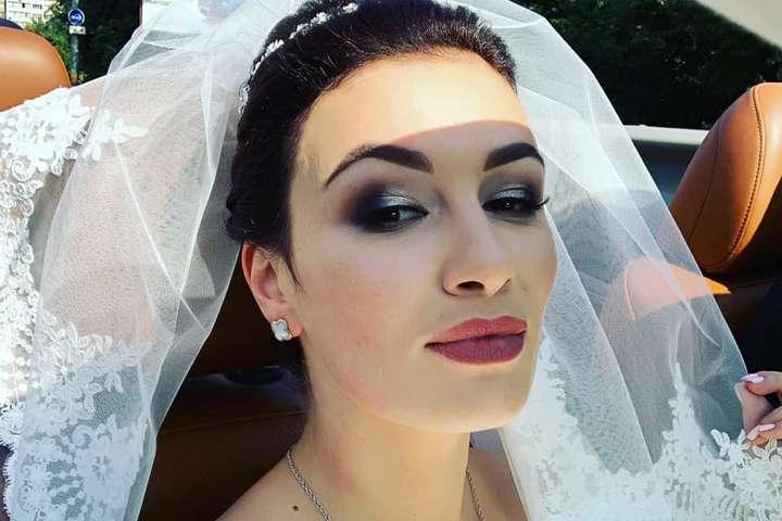 <p>&laquo;Ми це зробили, ура!&raquo;- написала у соцмережі Анастасія Приходько</p> - Співачка Анастасія Приходько вийшла заміж
