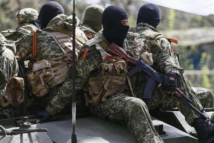 Окупанти на Донбасі відпрацьовують активні наступальні дії