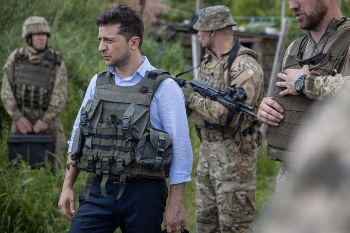 Не допустимо капітуляції! Відкрите звернення громадськості до президента України