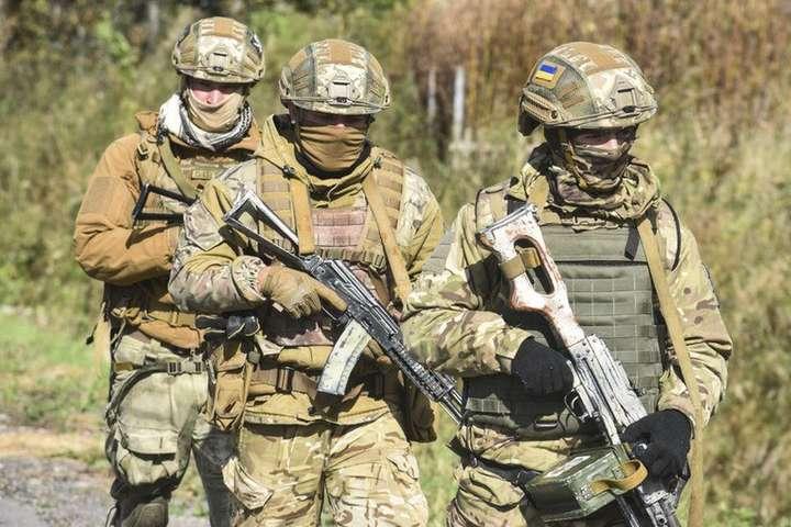 Рада хоче дозволити Збройним Силам застосовувати бойову техніку в особливий період