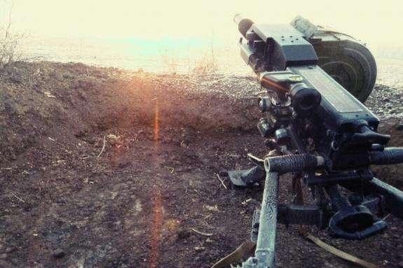 Окупанти на Донбасі чотири рази обстріляли позиції українських захисників