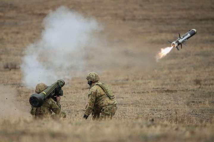 Javelin — головна протитанкова зброя армії і морської піхоти США — Bloomberg: США схвалили продаж Україні партії Javelin на $39 млн