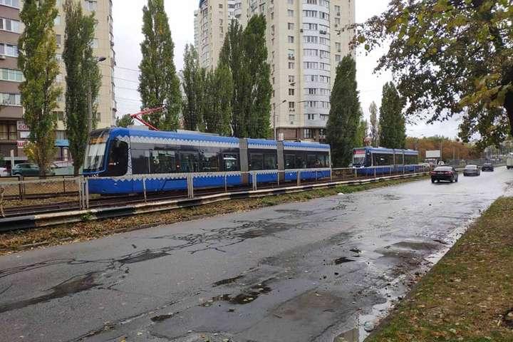 2 жовтня вранці рух трамваїв №1 зупинився з технічних причин — Мешканцям Борщагівки загрожує транспортна блокада до 2022 року
