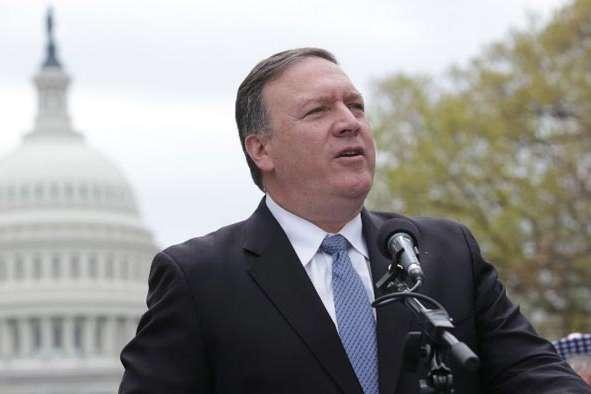 <span>Державний секретар США Майк Помпео</span> — Пов'язаний із розмовою Трампа та Зеленського скандал не завадить США продовжити допомагати Україні, — Помпео
