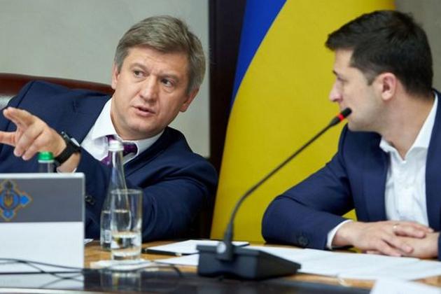 <p>Данилюк зізнався, що він планував мати серйозну розмову з президентом Зеленський з приводу схвалення «формули Штайнмаєра» Об этом сообщает <a href=