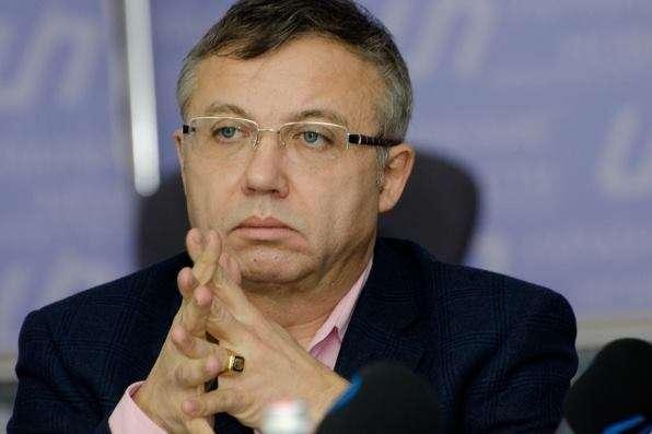 <span>Олександр Савченко — колишній заступник головиНБУ, екс-заступник міністра фінансів</span> — Ексзаступник глави НБУ про програму нового уряду: загальні слова «покращити», «посилити», «створити»