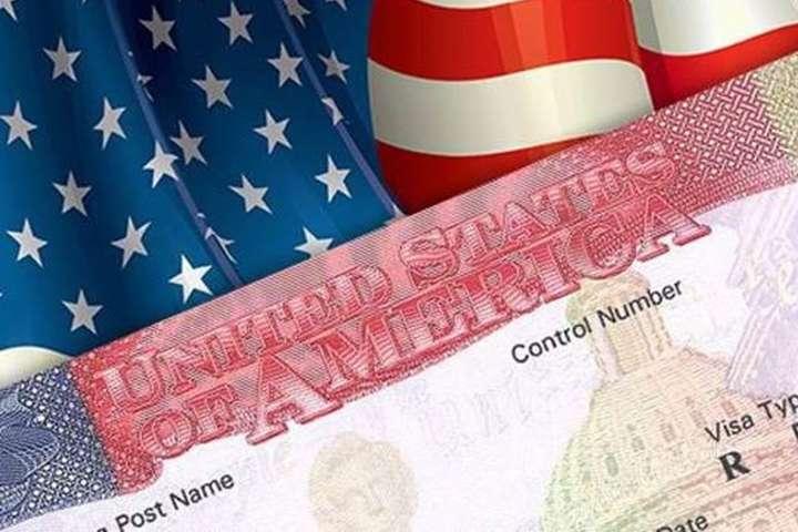 США скасовують візи для поляків
