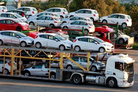 В Україну з початку року ввезли понад 300 тисяч вживаних авто