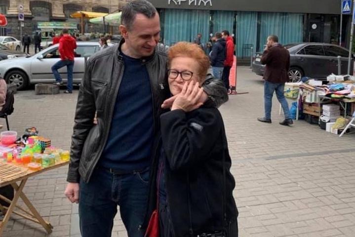 <p>Олег Сенцов і Вікторія Івлєва Об этом сообщает <a href=